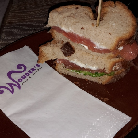 Sandwich zalm dille kwark - Wonders to Go